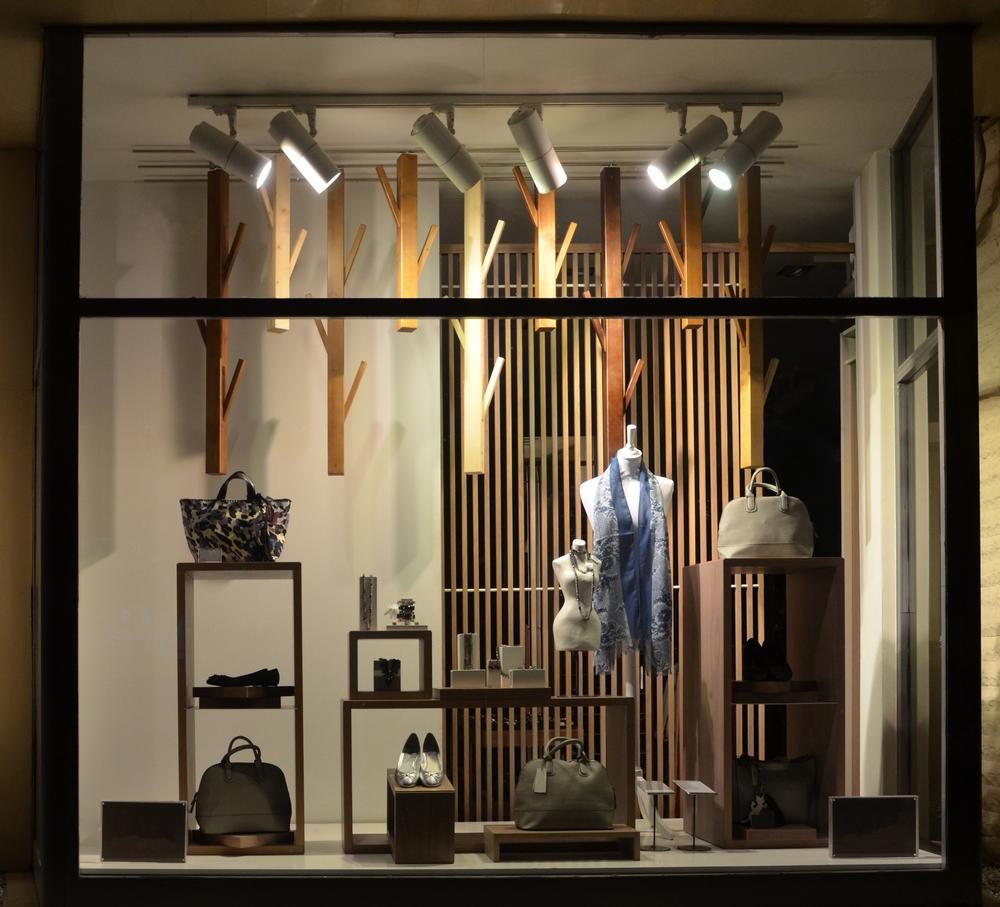 Ilumina-tu-tienda-comercial-y-genera-más-ventas-especialistas-TL-2
