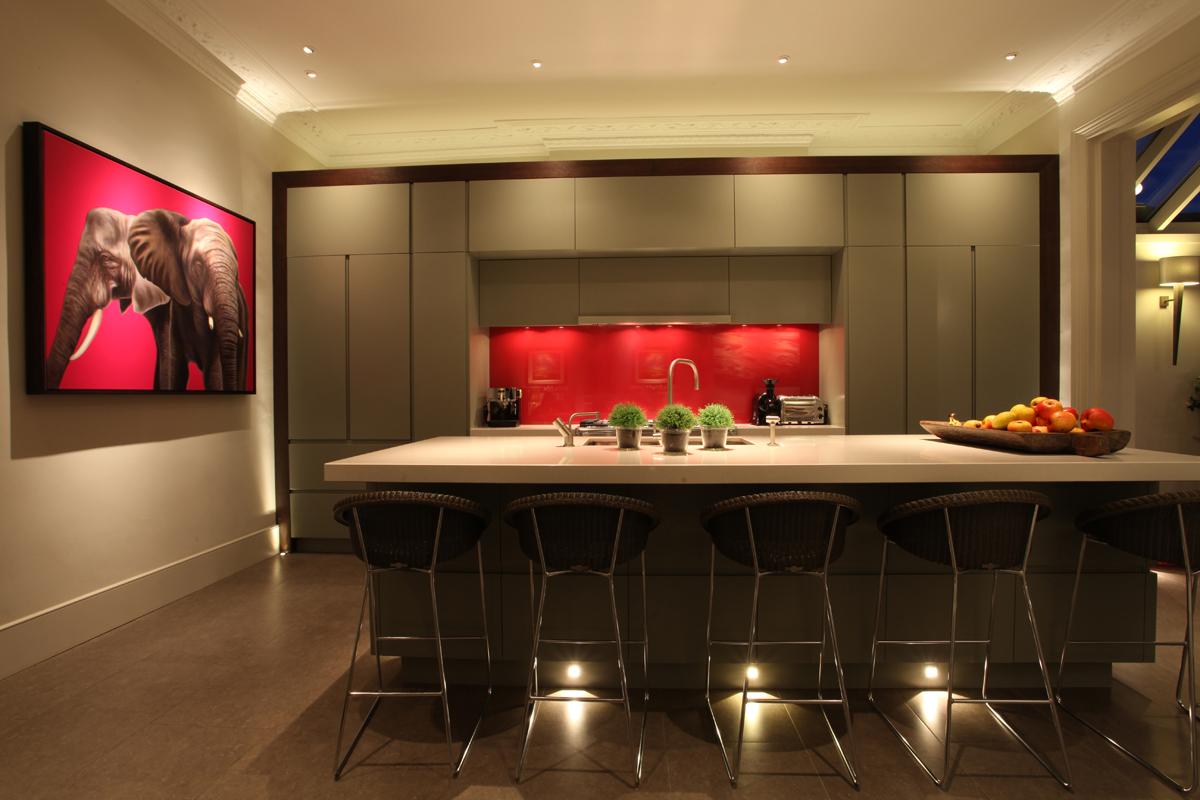 Tendencias y consejos de iluminaci n para el hogar for Iluminacion led para muebles