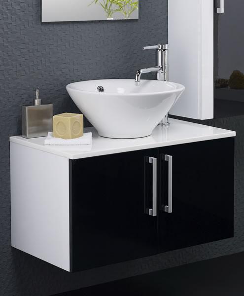 Baño Pequeno Alargado:Si el espacio del baño es alargado, es más conveniente un lavabo