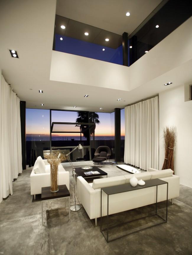 Stunning-Halogen-Light-home-interior-design-Modern-Living-Room-Los-Angeles