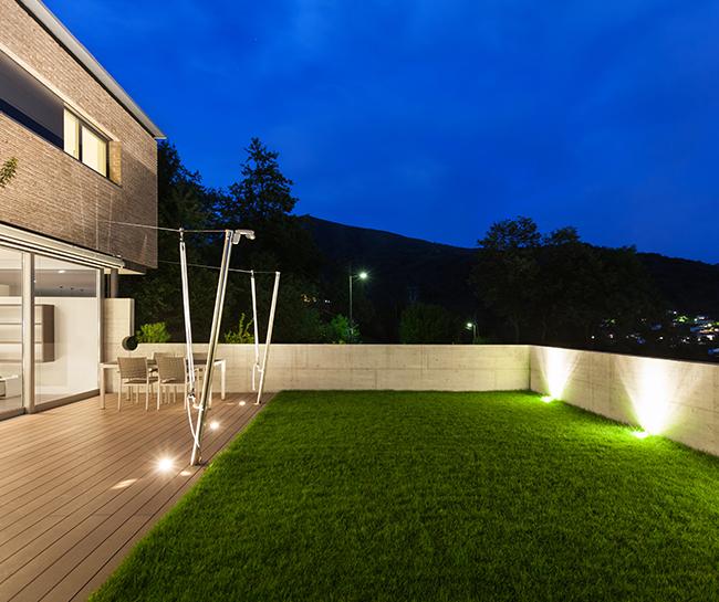 Tendencias y consejos de iluminaci n para el hogar - Iluminacion para patios y jardines ...