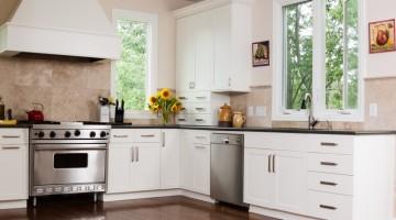 ¡Cocinas blancas! La mejor manera de dar luz a tu hogar