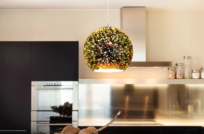 Elije junto a tu familia la iluminación que hará de su hogar un espacio único durante estas vacaciones.